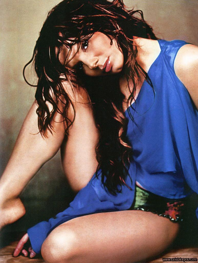 sandra bullock sexy look - photo #41