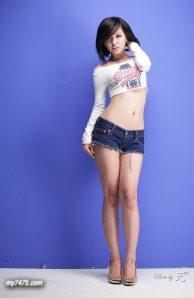 Korean Sexy Miniskirt Auto Model Ryu Ji Hye