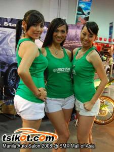Sexy Model at Manila Auto Salon 2008
