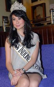 Gambar Sexy Miss Indonesia 2008 Sandra Angelia Miss